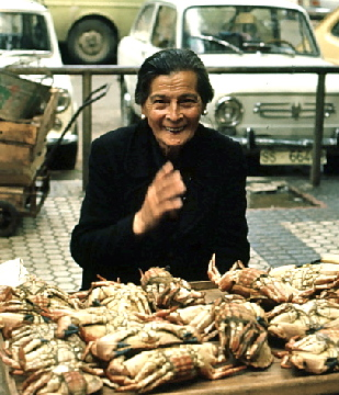 Selling Crabs in San Sebastian (1973)