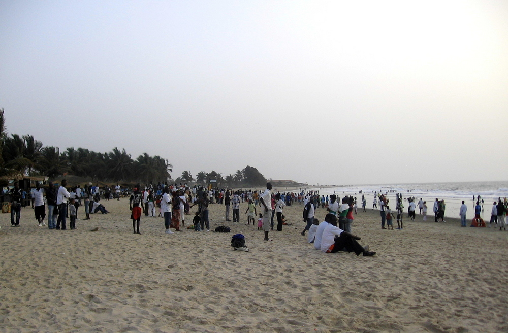 Senegambia, Ein Sonntagabend am Strand