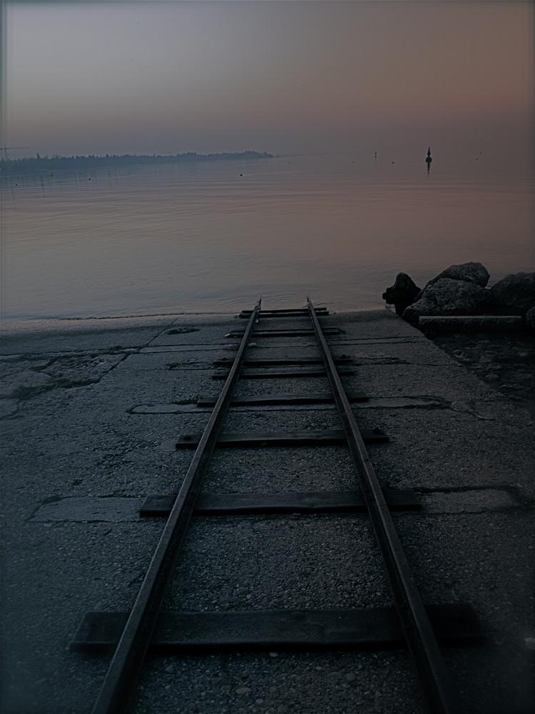 ...senza percorso... senza fine..