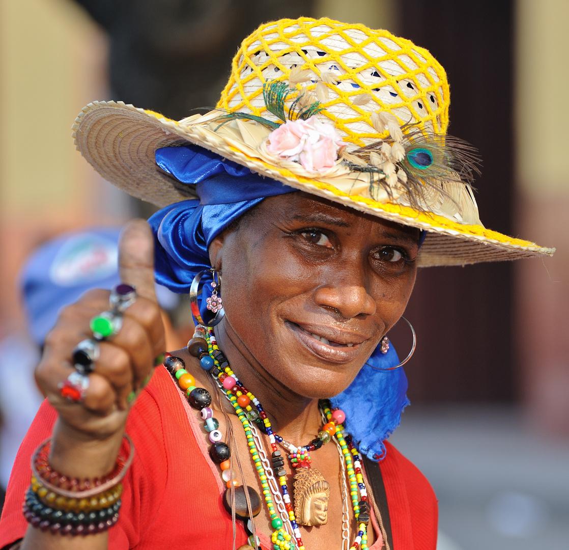 Señora de un grupo folclórico 03