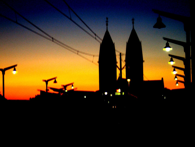 Septemberabend auf der Stadtbahnbrücke Freiburg