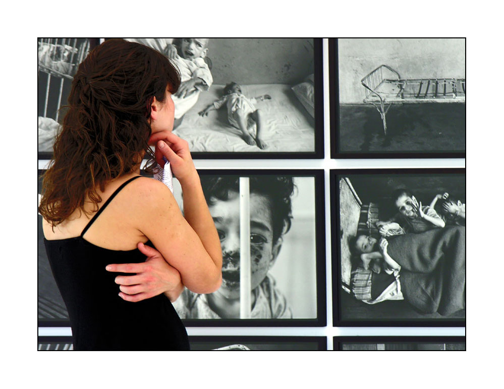 Serie: Fotos einer Fotoausstellung: betroffen
