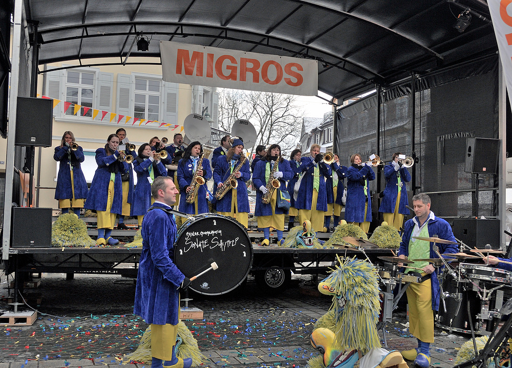 "Serie über "" Gugge EXplosionen 2013 Lörrach "" am 9.Februar Nr.10"