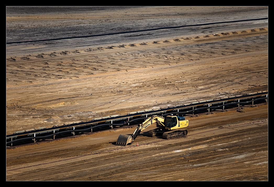 Serie: Verlorenes Land 06 - Knapp über der Kohle