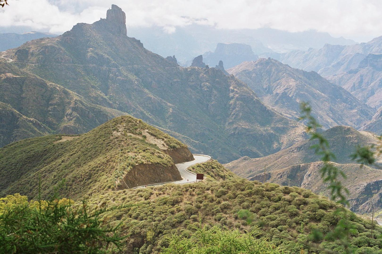 Serpentine durch die Berge