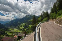 Serpentinen in Südtirol
