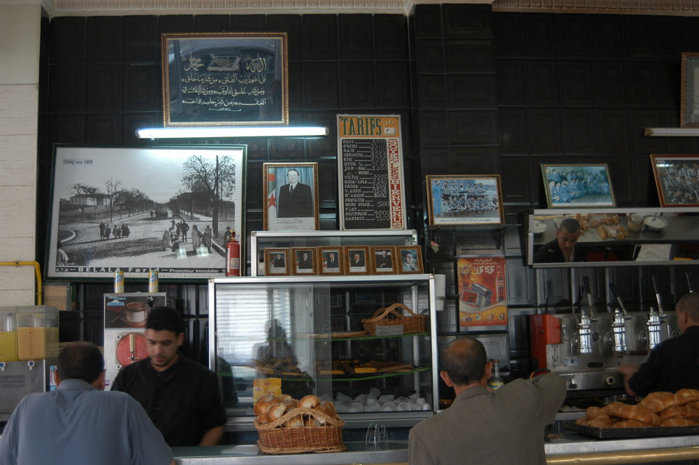Sétif, im Café