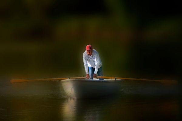 seul sur sa barque