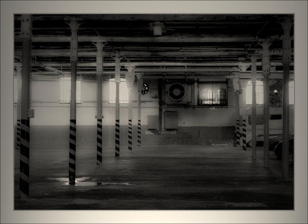 Seule_ment dés_affectée, usine textile devient garage collectif