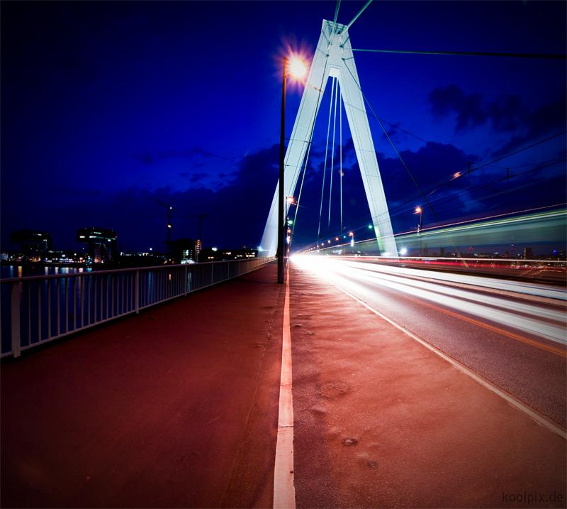 Severinsbrücke / Köln