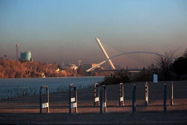 Sevilla amanece cubierta de contaminación..