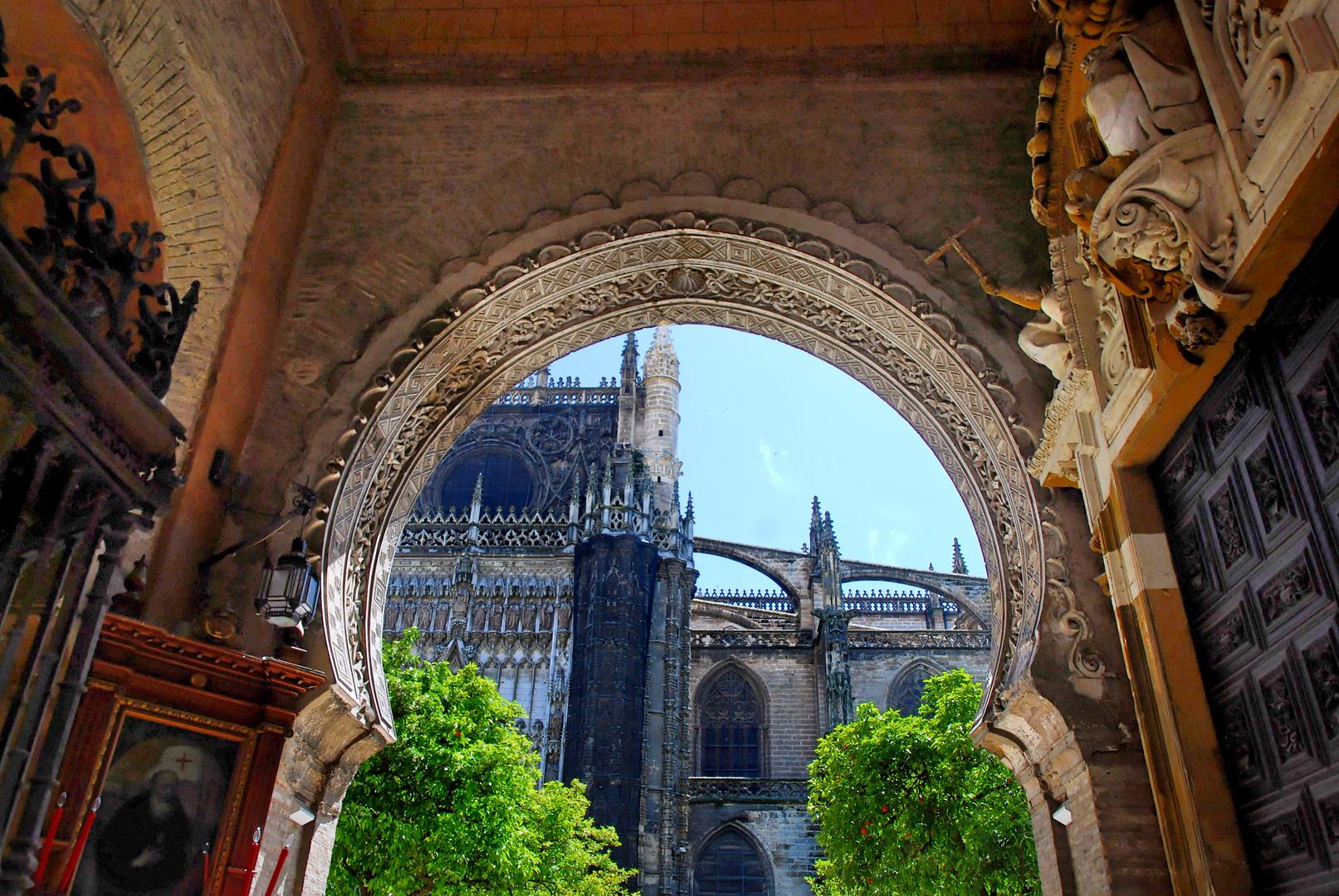 Sevilla: Blick auf die Kathedrale