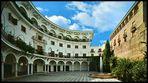 Sevilla...Plaza del Cabildo.