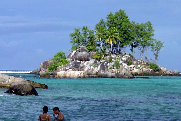 Seychellen (Mahe Anse Royal) - Vorgelagerte Insel