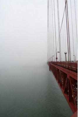 SF & Golden-Gate im Nebel