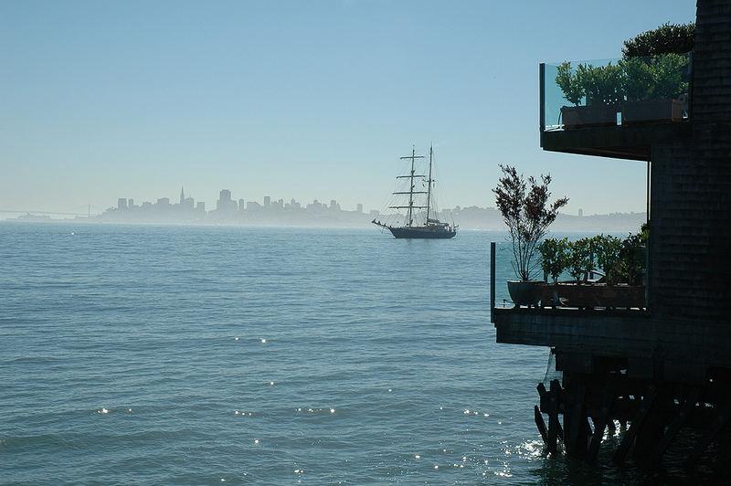 SF Skyline, Meer, Schiff ...