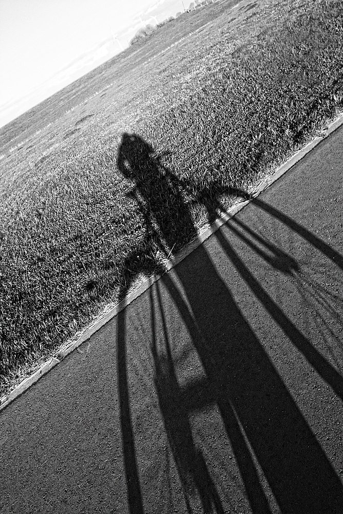 *Shadow-Bike*
