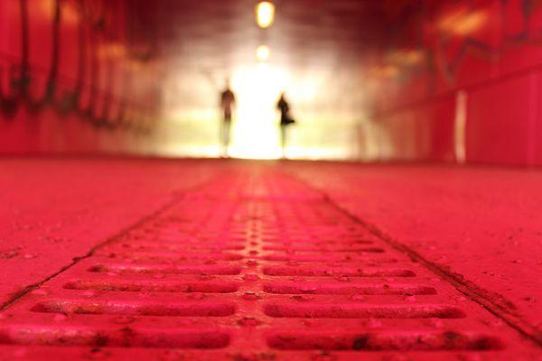 SHADOWS IN A PINK TUNNEL (MILANO - Ponte della Ghisolfa)
