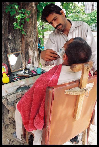 shaving in open nature