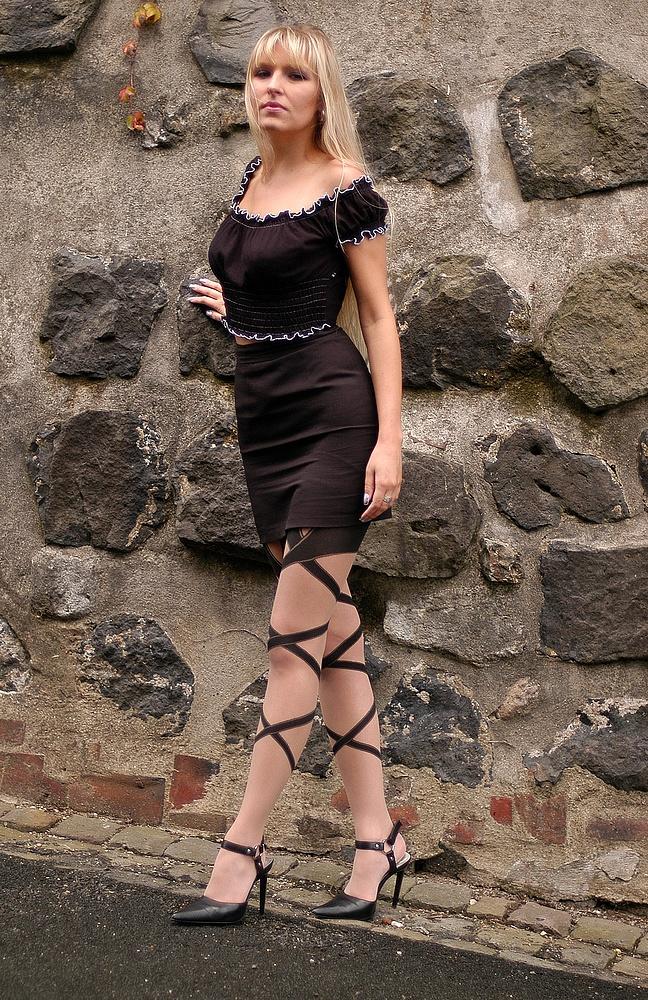She # 1141 ( An der Mauer )