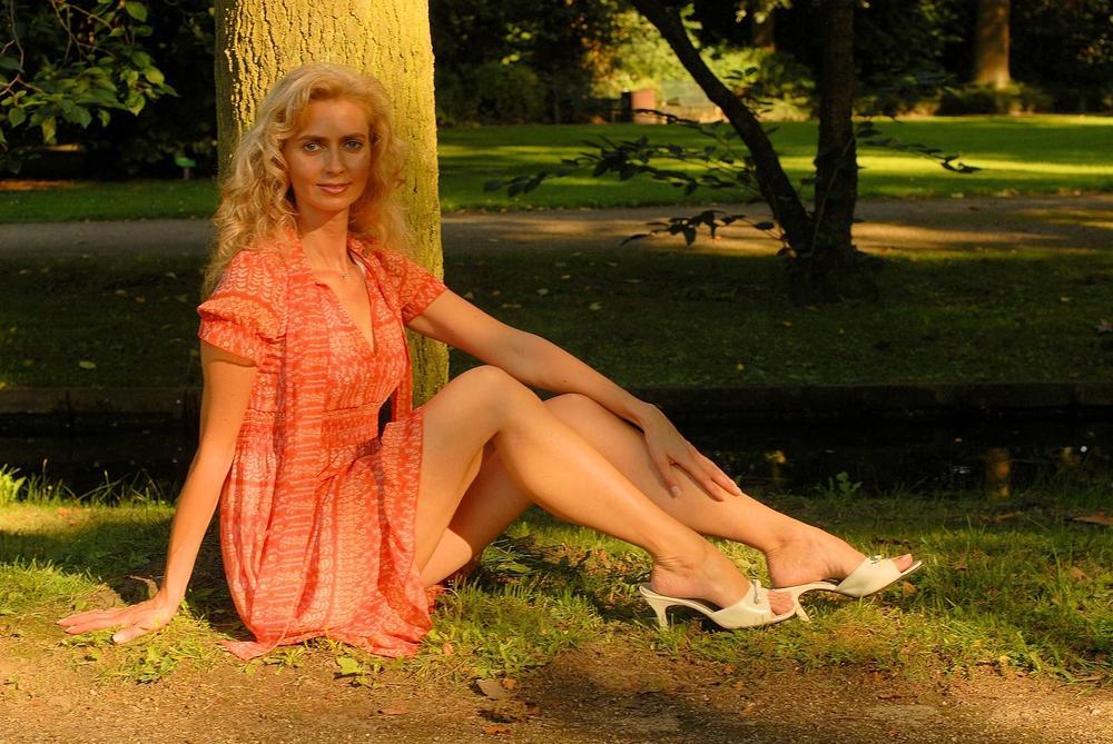 She # 1157 ( Begegnung im Park )