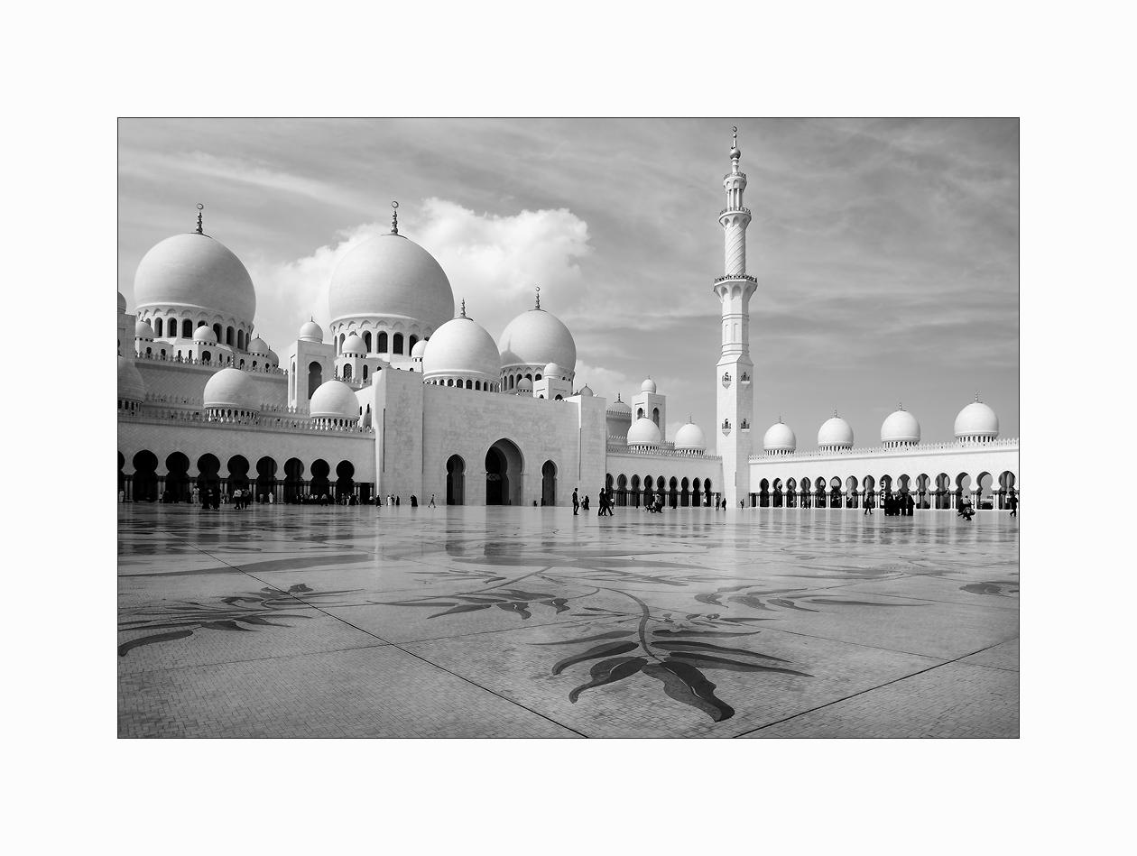 Sheikh-Zayed-bin-Sultan-Al-Nahyan-Moschee