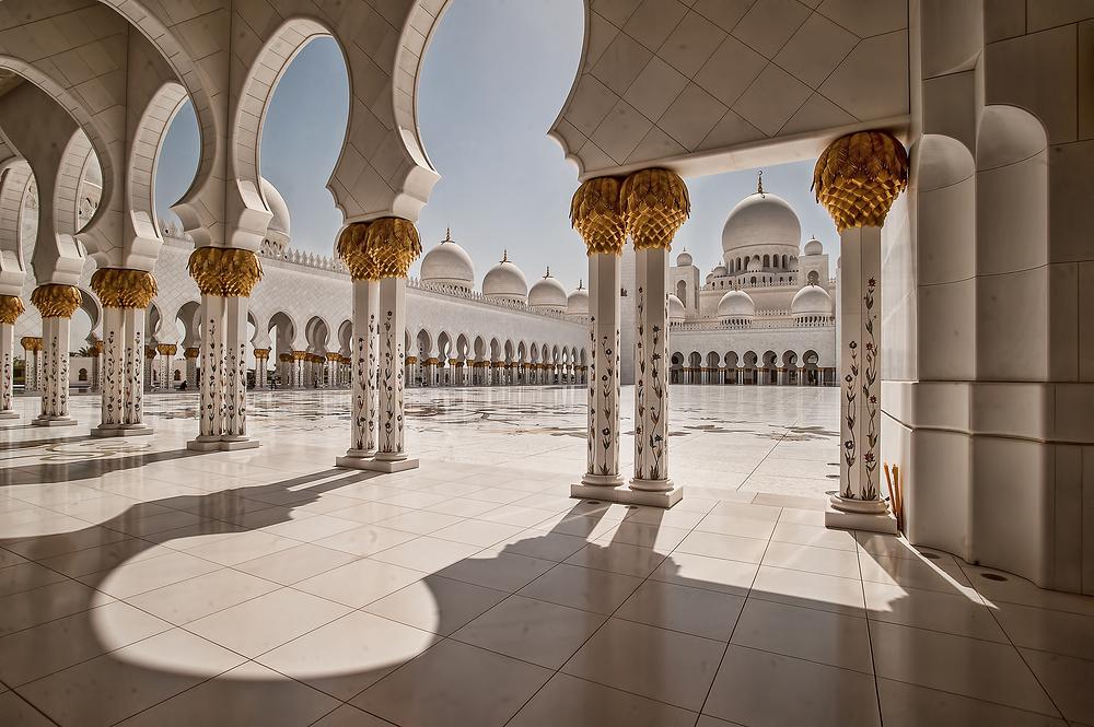 - Sheikh Zayed Grand Mosque -