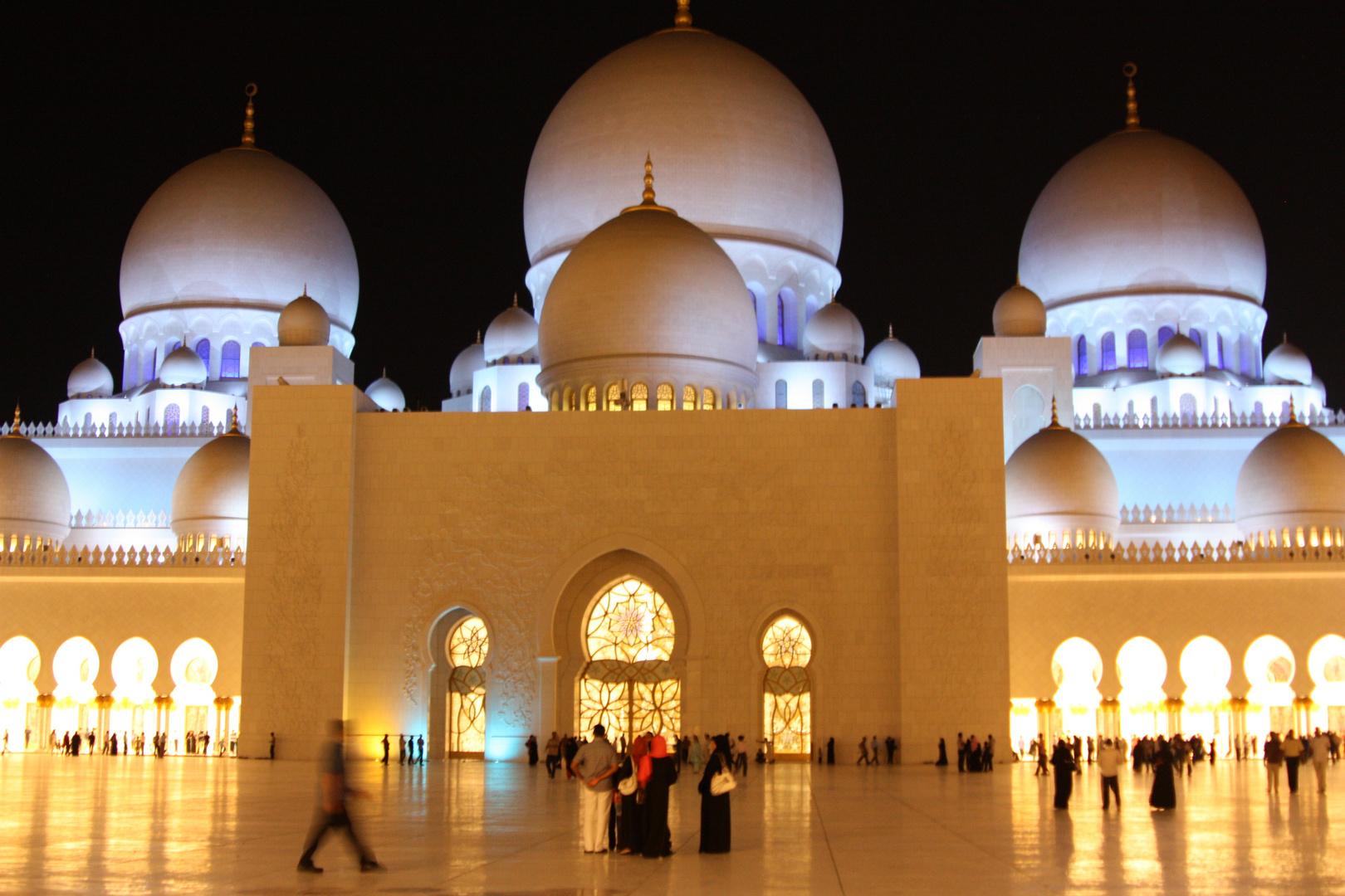 Sheikh Zayed Moschee, Abendstimmung