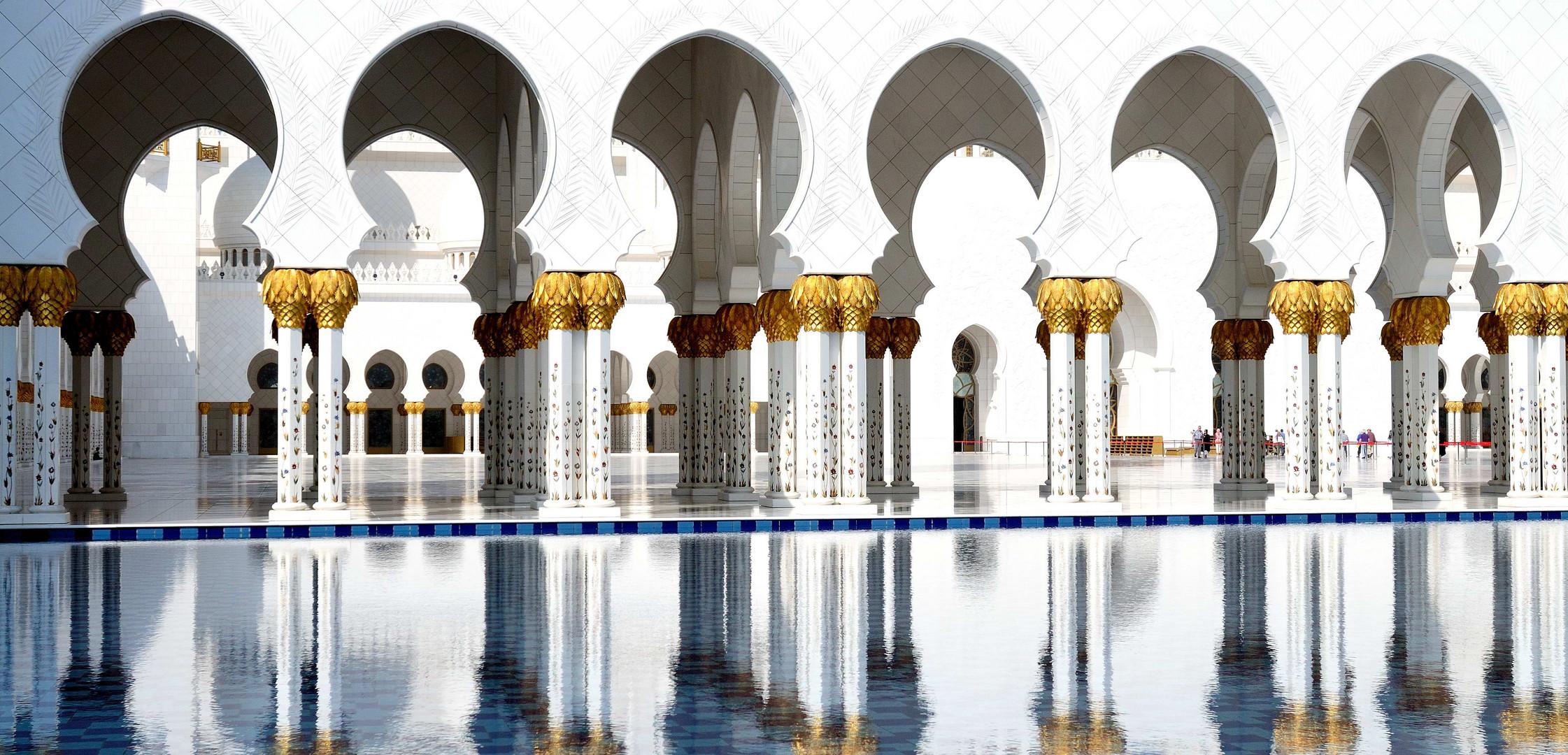 Sheikh-Zayed-Moschee, wie 1001 Nacht ?