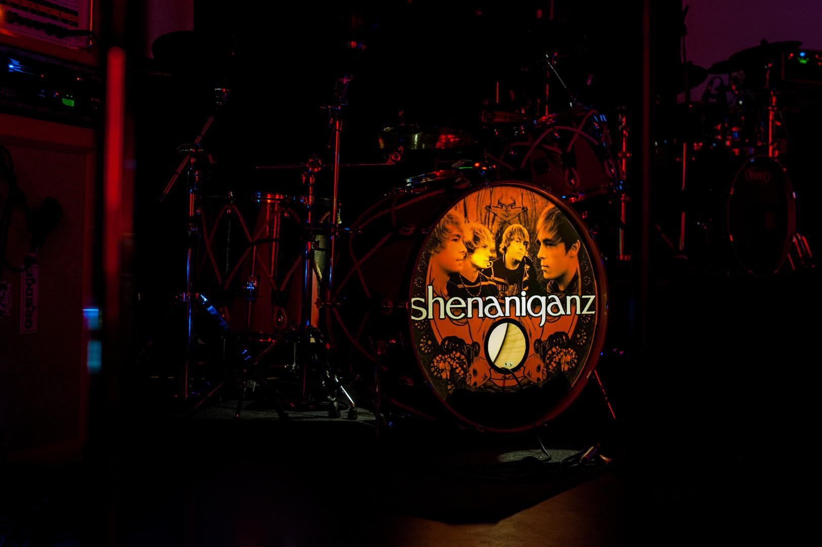 Shenaniganz - Live on stage