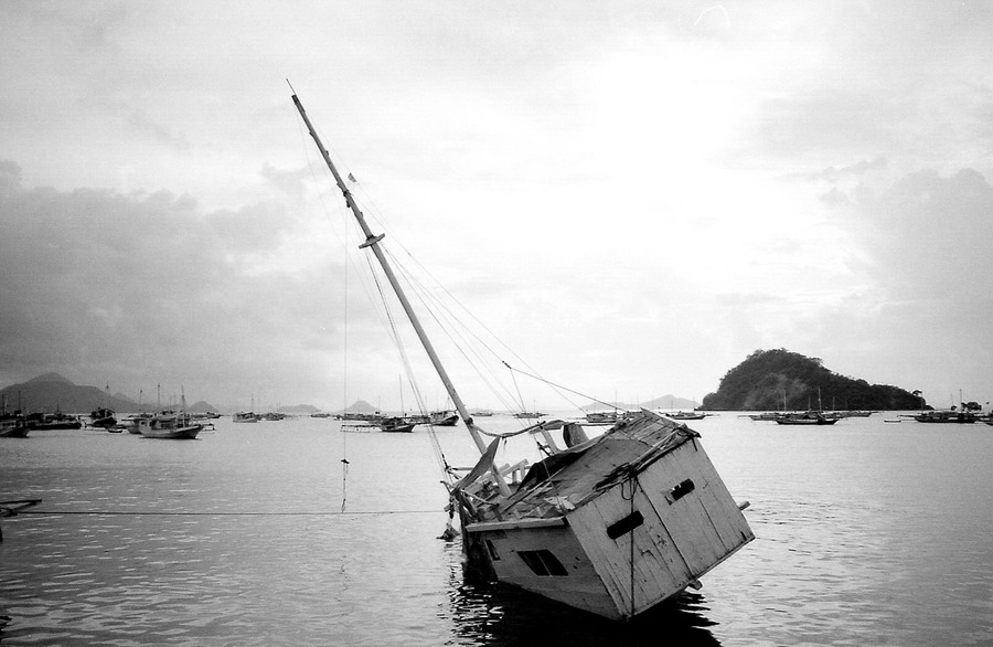 Shipwrecked / reload