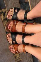 Shoe-twins
