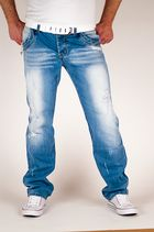 Shooting Jeans