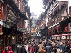 "Shopping in der ""Altstadt"" Shanghais"