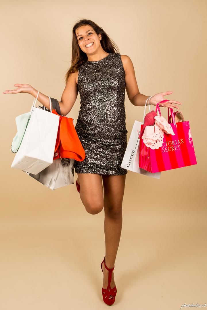 Shoppingqueen....