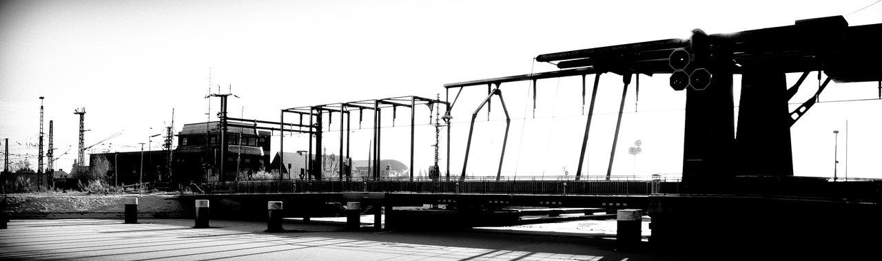 Shoreconnection for Trains