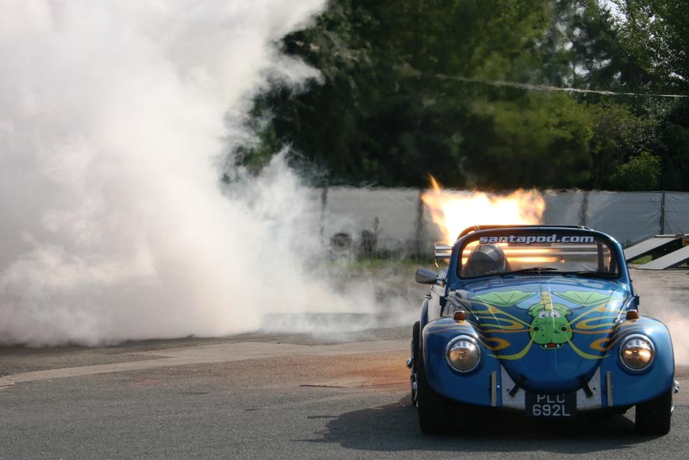 Showtime: Käfer mit 5000 PS