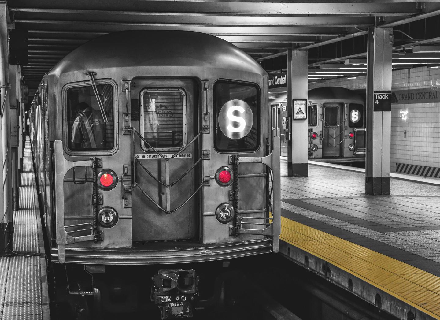 Shuttle Trains Grand Central Terminal