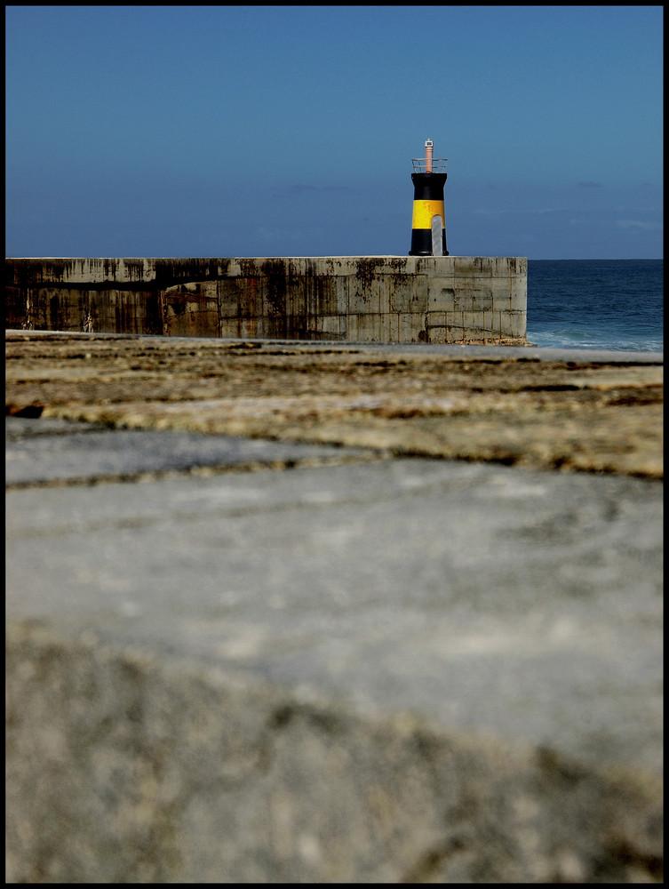 Si derribas los muros, encontrarás el mar