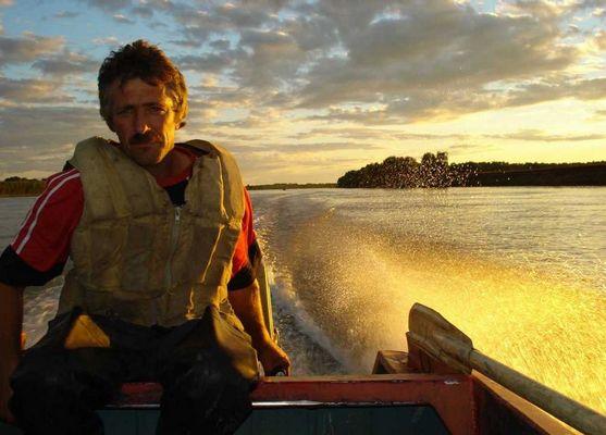 SIBIRIADA (beim Fischen auf Irtish-Fluss / August 2007)