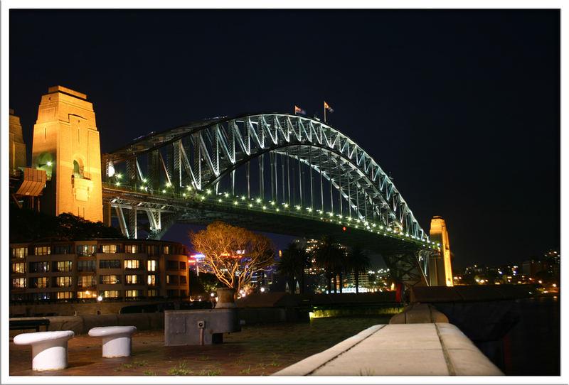 Sidney at night