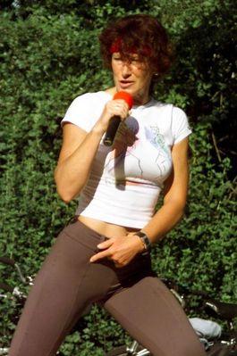 Sie hatte uns vor dem Start zum Lübeck Marathon 2002 so richtig angeheizt!!!!