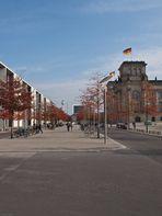 Sie nähern sich dem Deutschen Reichstag (ii)