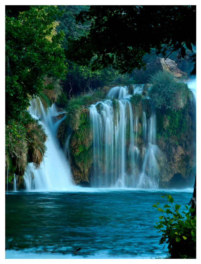Sieben Uhr Abends am Wasserfall