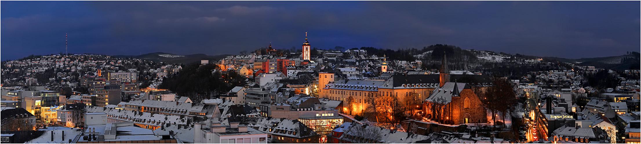Siegen im winter foto bild architektur architektur bei nacht winter bilder auf fotocommunity - Architektur siegen ...