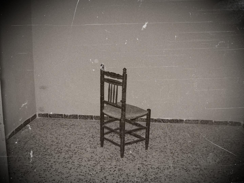 siempre se queda sola