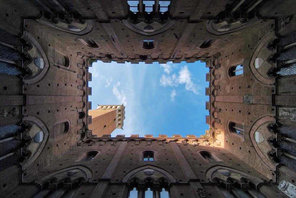 Siena - am Boden liegend