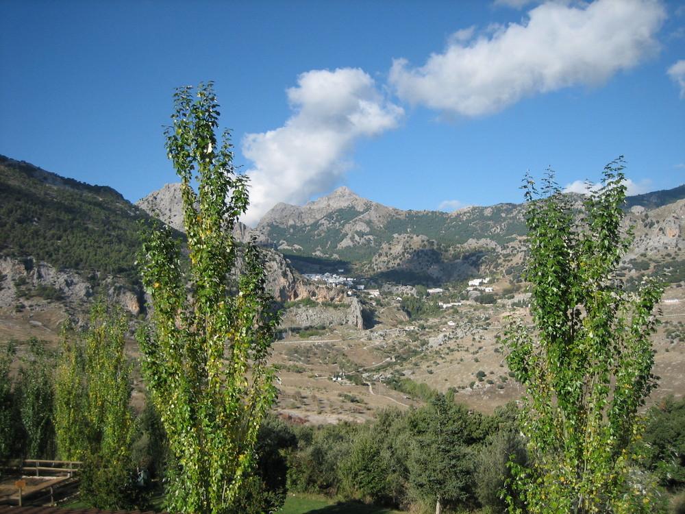 Sierra Grazalema und ein weisses Dorf