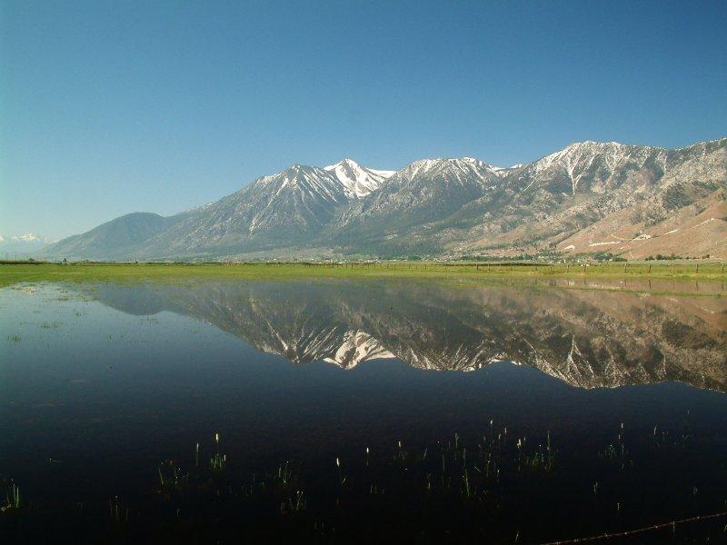 Sierra Nevada im Spiegel.
