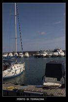 siesta nel porto di Terracina